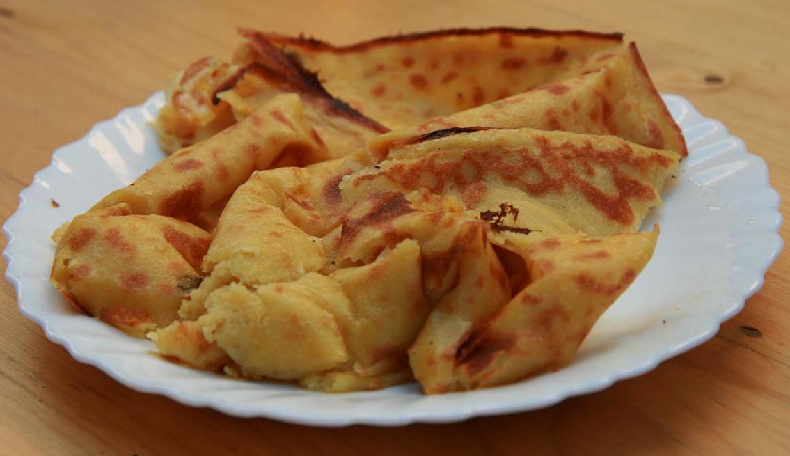 Ψωμί socca (Flickr/Holly Hayes)