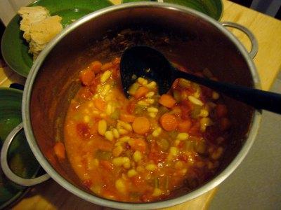 Φασολάδα, η διάσημη σούπα της γιαγιάς