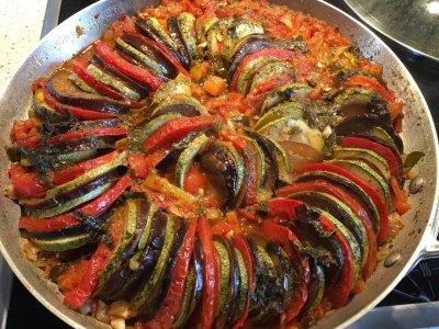 Ρατατούι στο φούρνο, η αυθεντική πεντανόστιμη συνταγή για ένα πιάτο οπτασία χρωμάτων