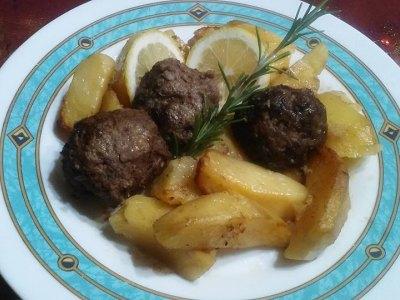 Κεφτεδάκια με πατάτες στο φούρνο, μαμαδίστικη συνταγή