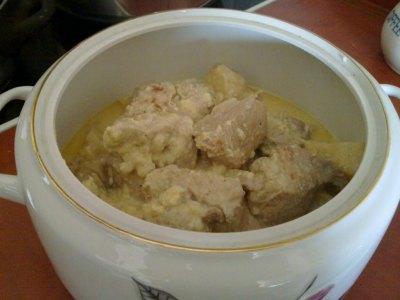 Χοιρινό με σέλινο, η συνταγή της μαμάς Κατερίνας